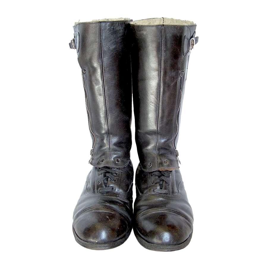 Flying Boots/Footwear