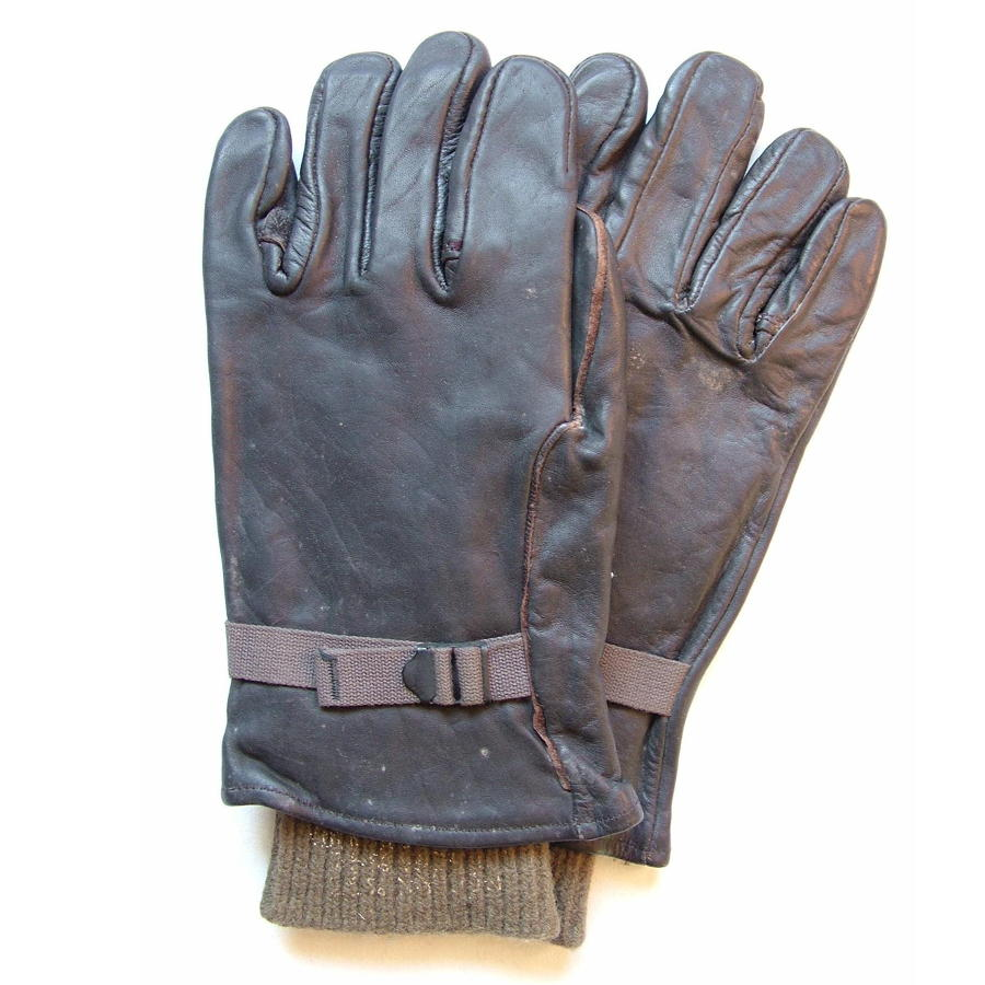 Post WW2 USAF Flying Gloves