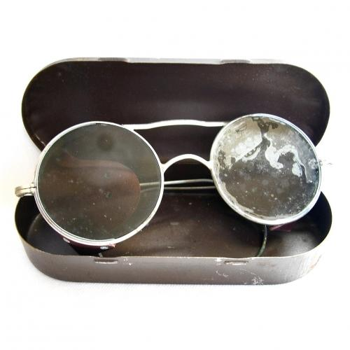 RAF Spectacles, Anti-Glare, Type E-2, Case