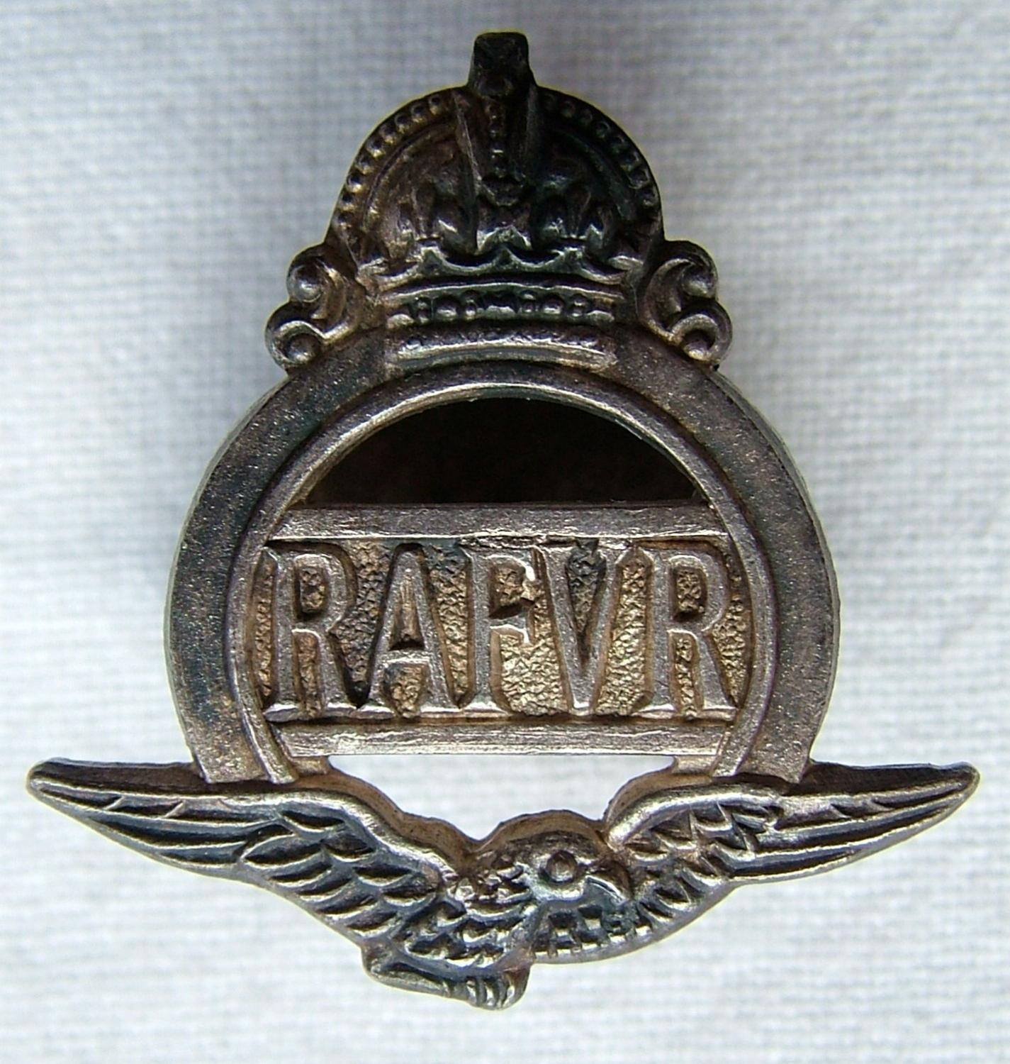 RAFVR Lapel Badge