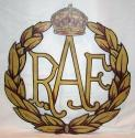 RAF Wooden Sign / Crest - picture 1