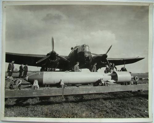 Press Photo - Bomb Loading, Whitley