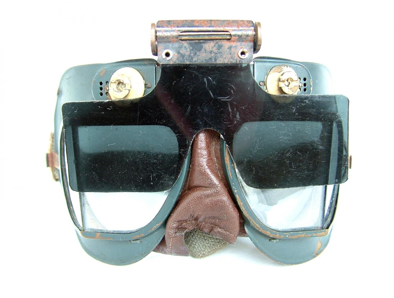 RAF MK.VII Flying Goggles & Anti-Glare Shield