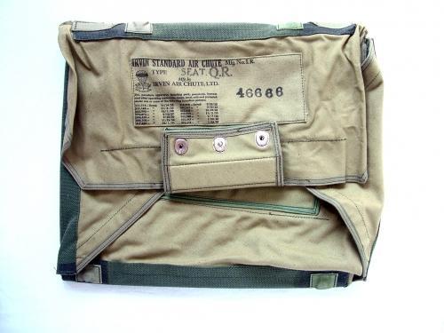 RCAF / RAF Irvin Seat Parachute Pack