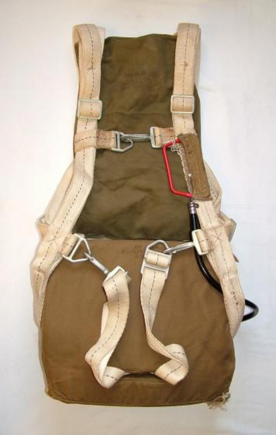USAAF AN6510-1 Seat Type Parachute Assembly