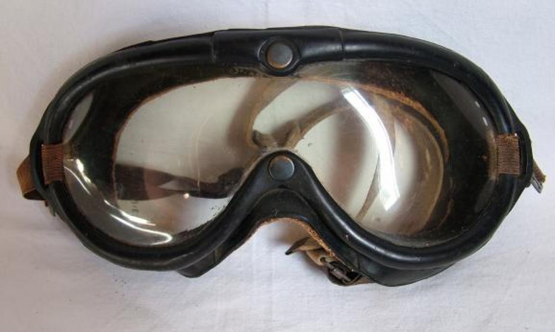 U.S.A.A.F. Aviation Goggle 1065.