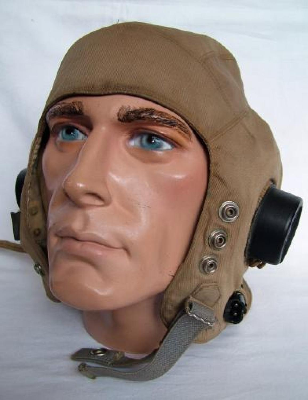 R.A.F. D-type Flying Helmet - Late Pattern
