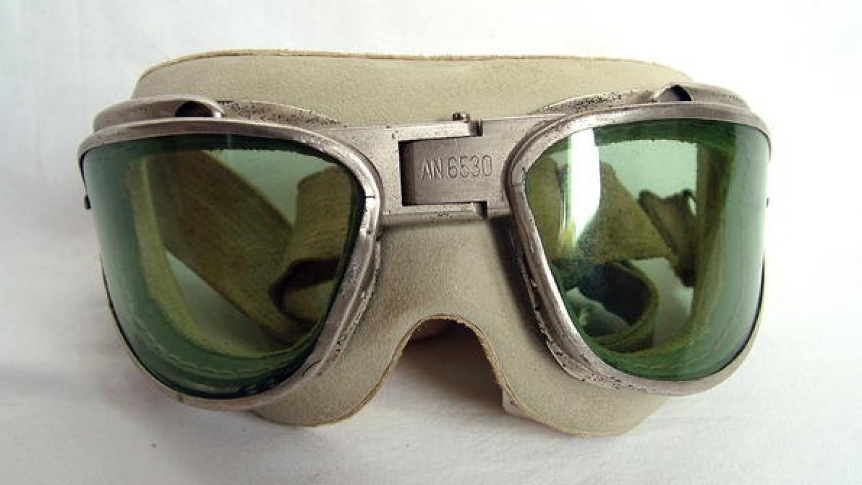 U.S.A.A.F. Type AN6530 Goggles