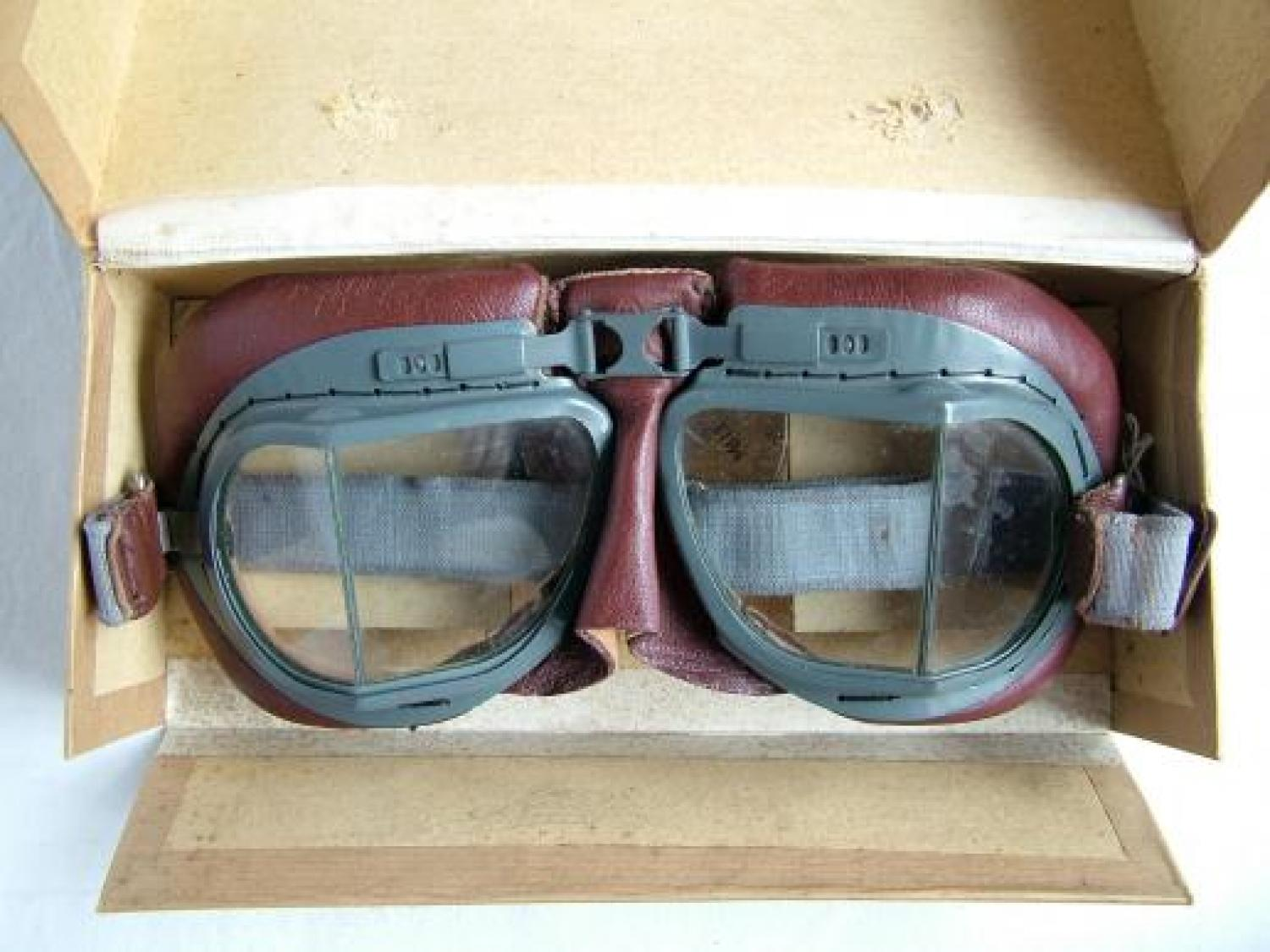 R.A.F. MK.VIII Flying Goggles, Boxed