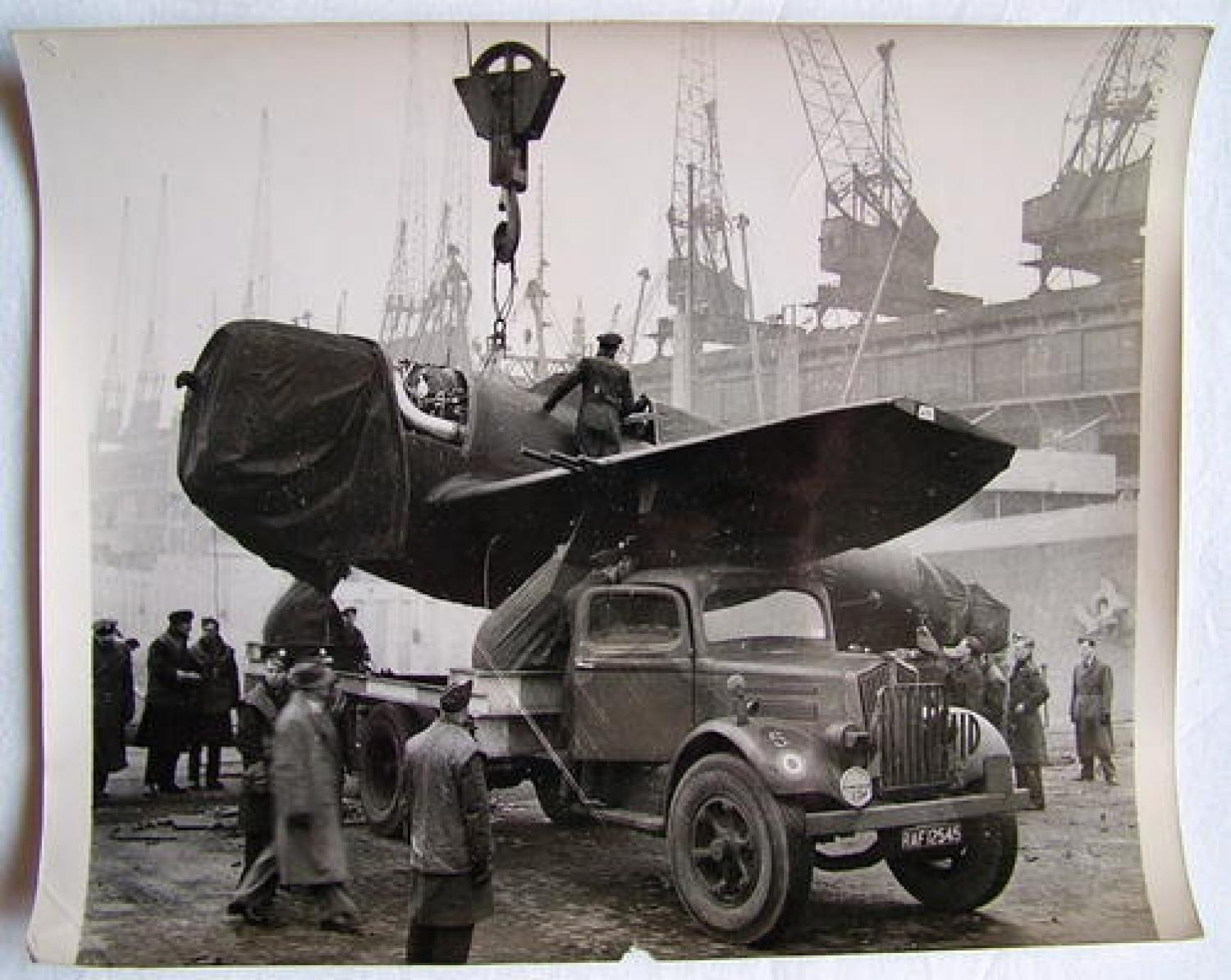Photo - USAAF Aircraft Arrive in Britain