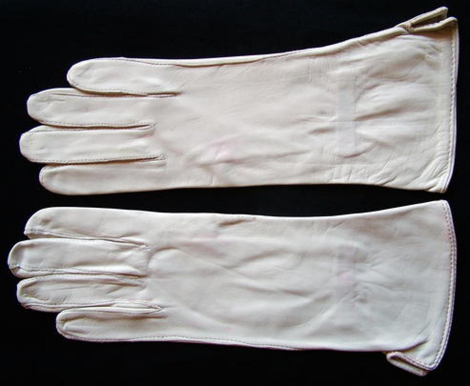 RAF White Cape Leather Flying Gloves, New