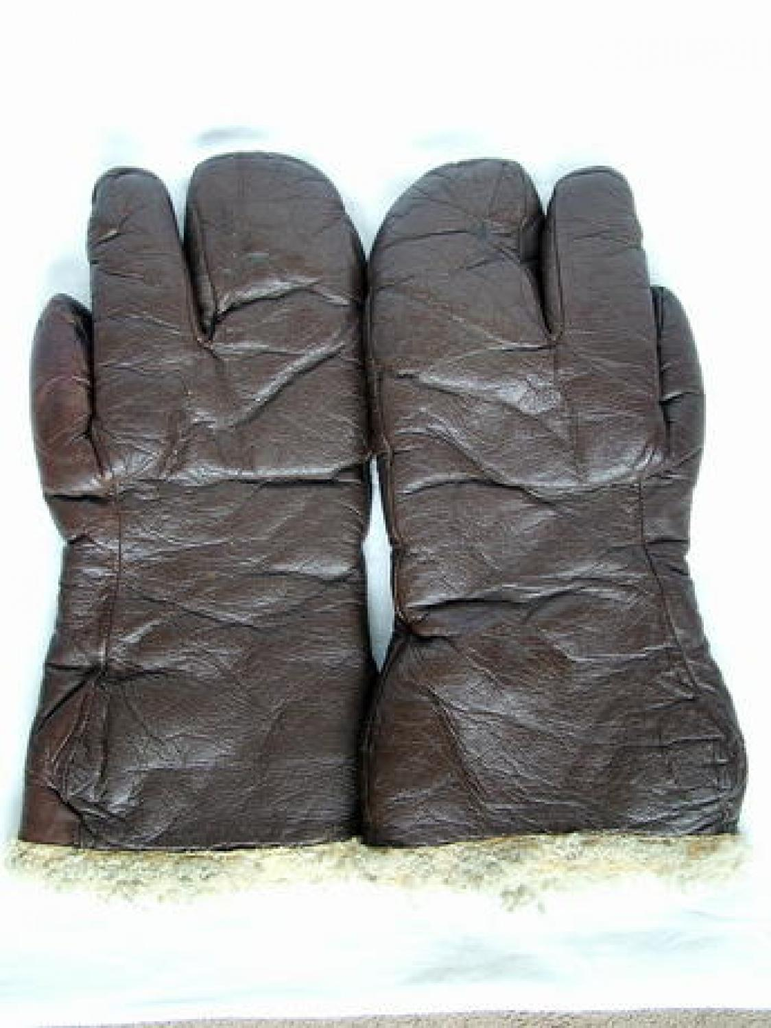 USAAF A-9 Flying Gauntlets/Gunners Mitts
