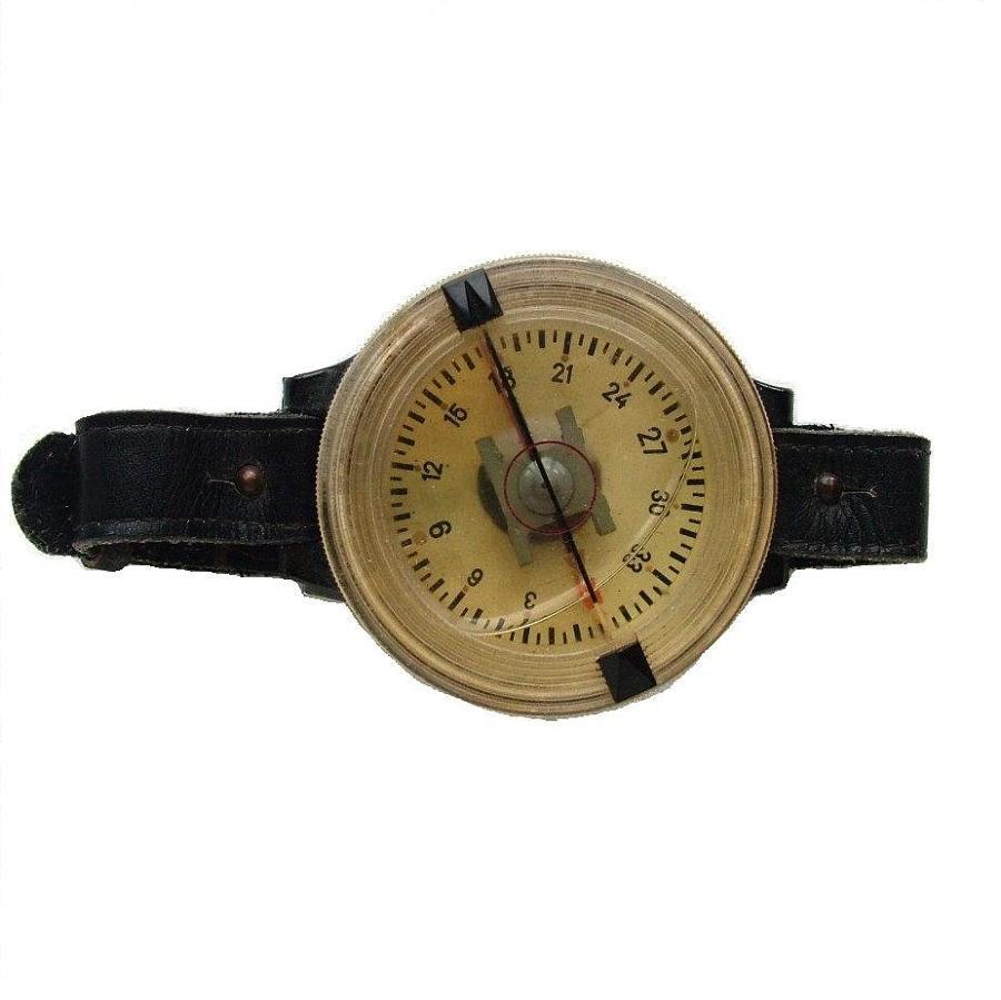 Luftwaffe Armbandkompasse