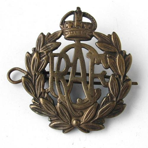 RCAF Cap badge