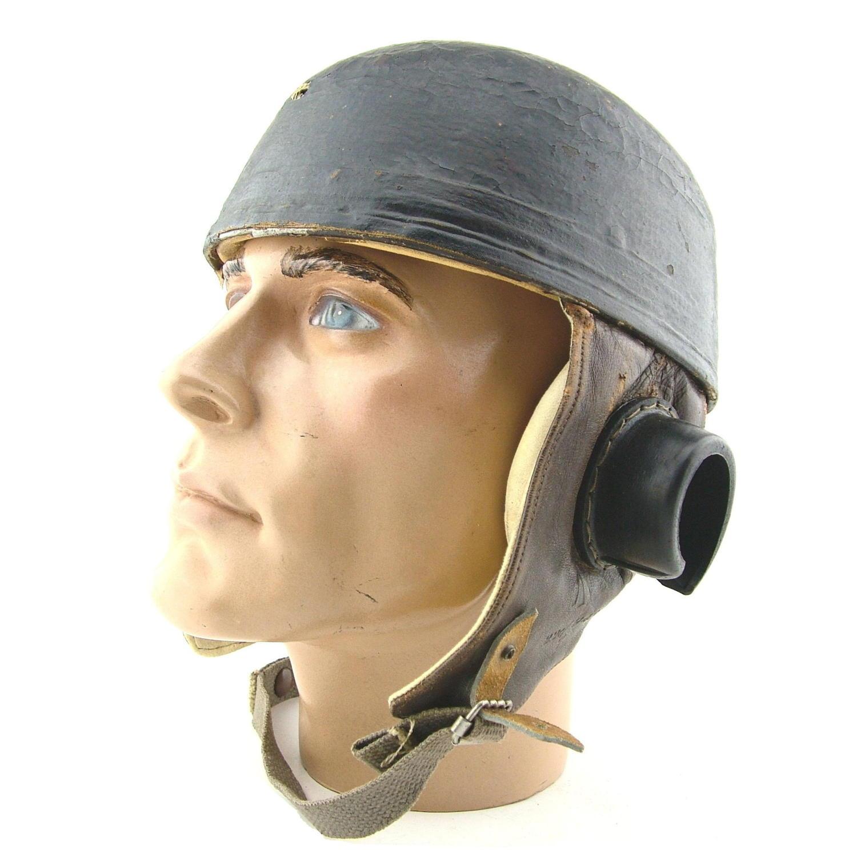 Glider pilot's flying helmet