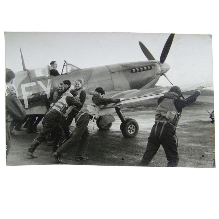 RAF press photo - Spitfire & aircrew