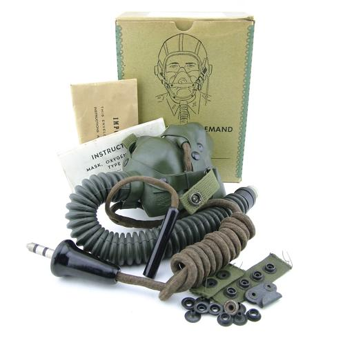 USAAF A-14 oxygen mask c/w T-44, boxed