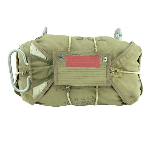 USAAF AN6513-1A chest parachute pack