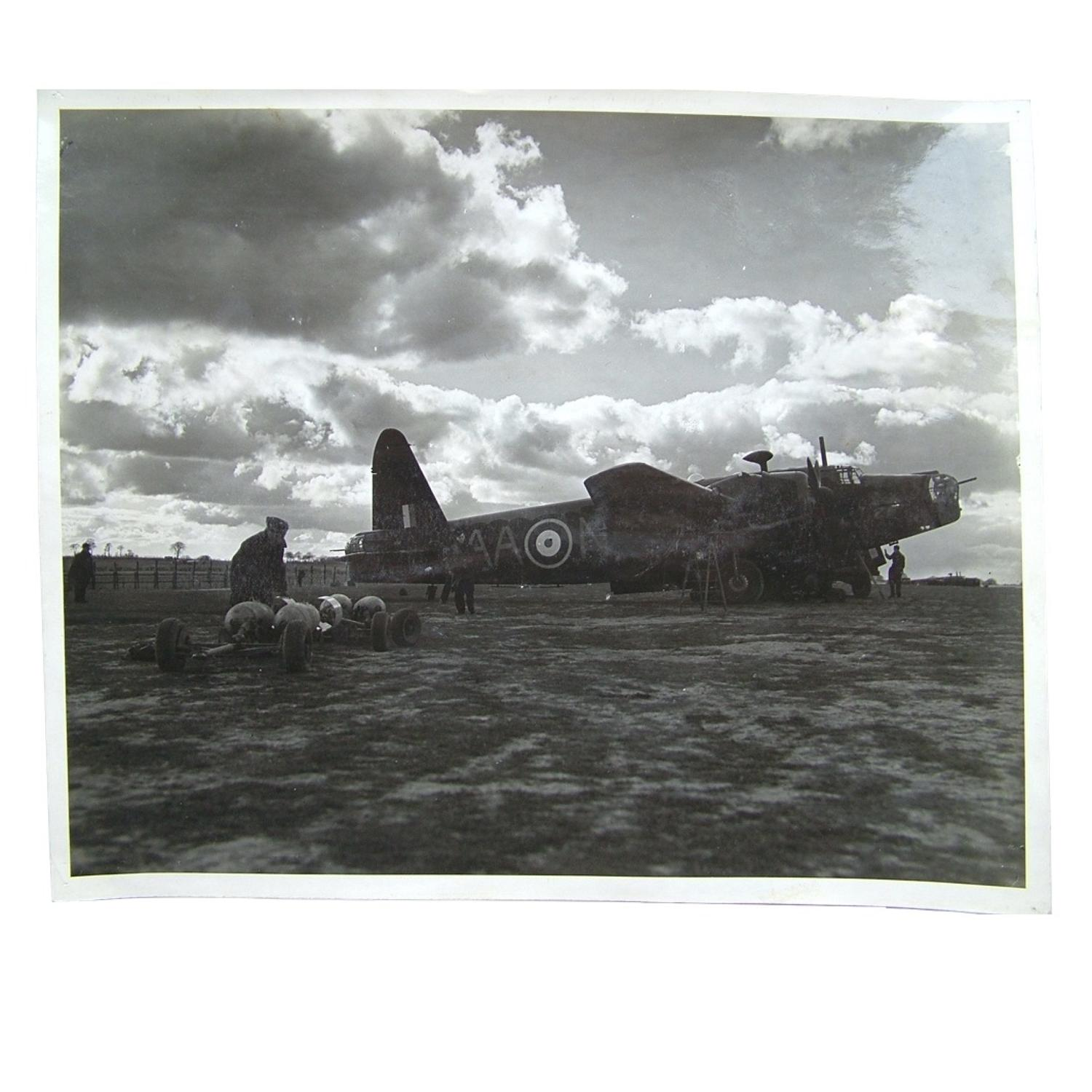 Press photo - Wellington bomber