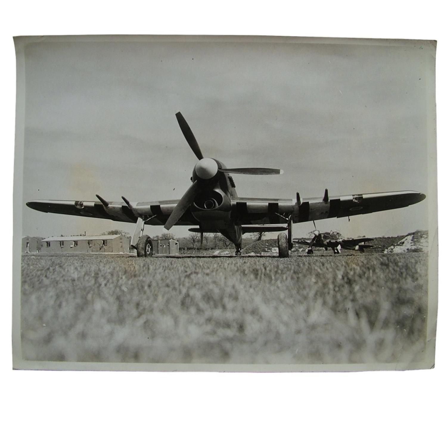 Press photo - Hawker Typhoons