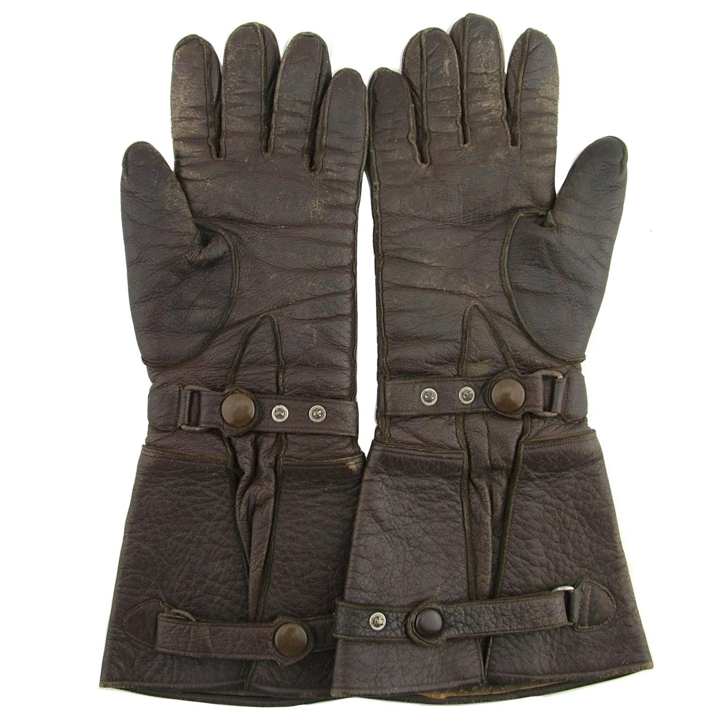 Gants Luftwaffe ? Luftwaffe-flying-gauntlets_16736_pic2_size3