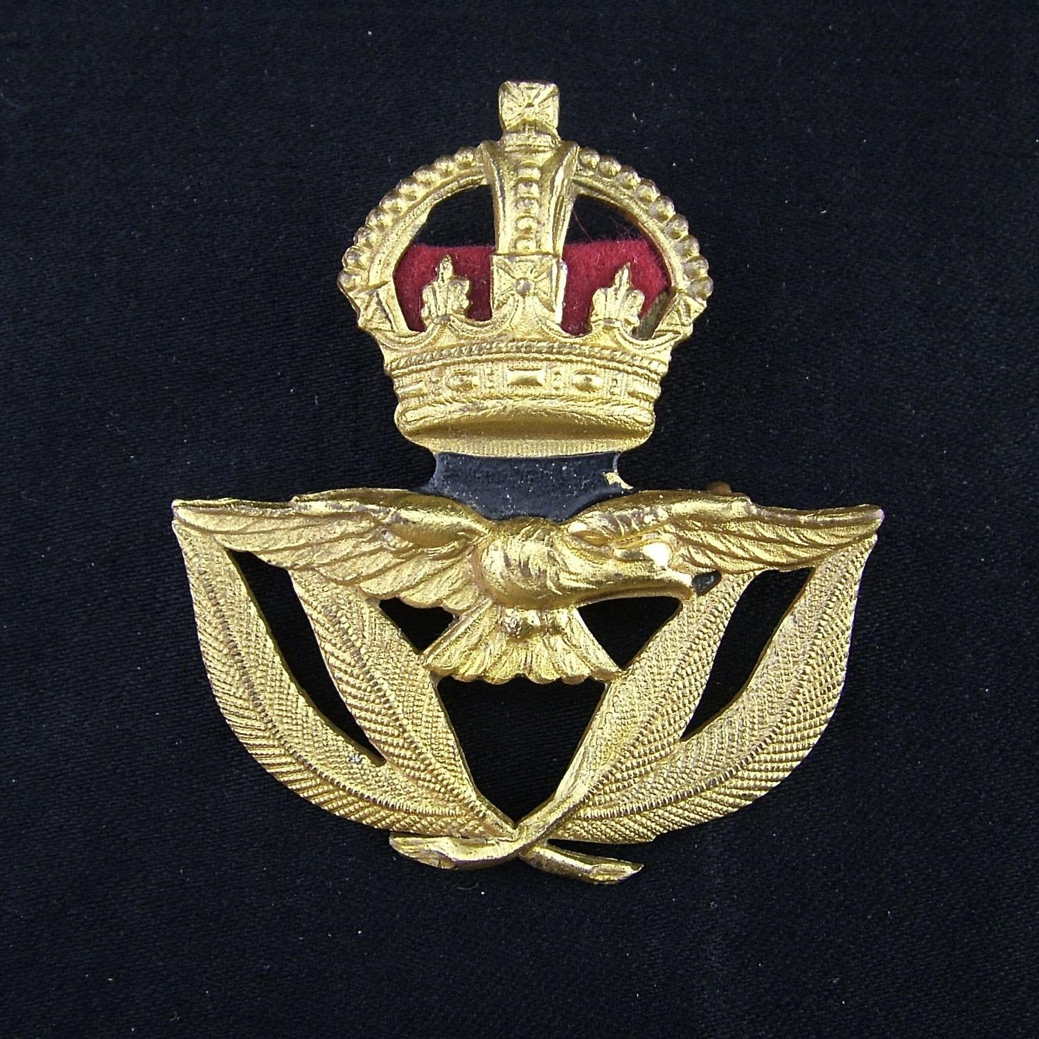 RAF warrant officers' cap badge