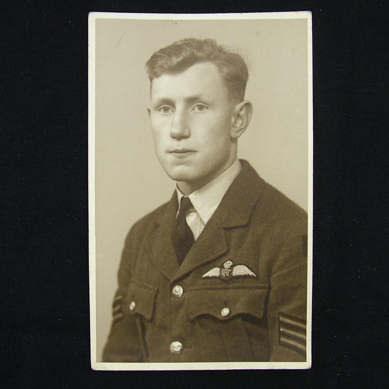 Photo - Sergeant pilot - KIA, 1940