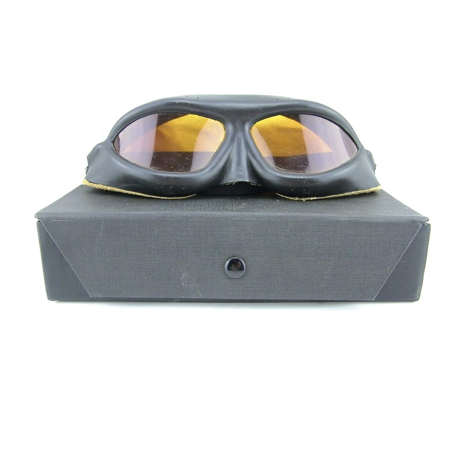 USN 'Willson' aviation goggles, cased