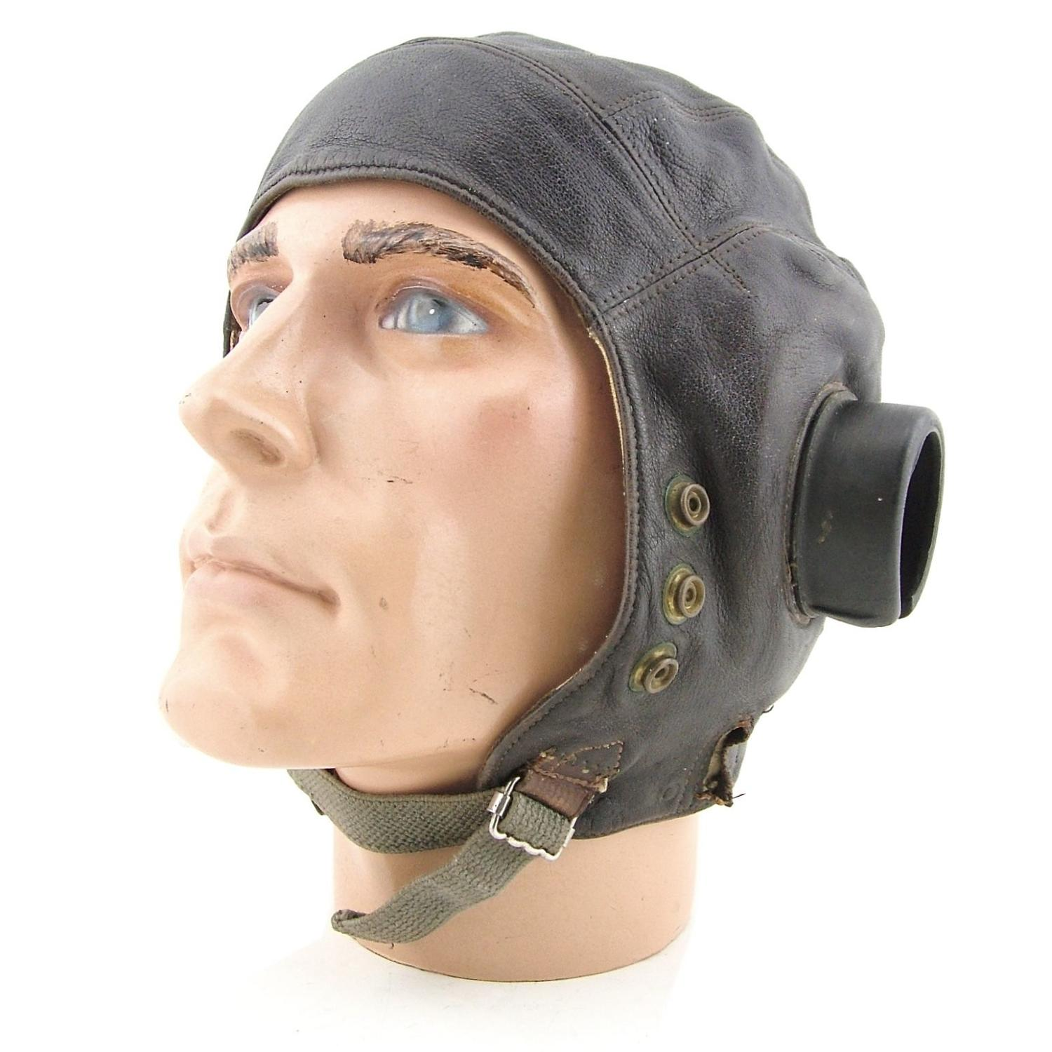 RAF 1st pattern internally wired C-type flying helmet - DFC history