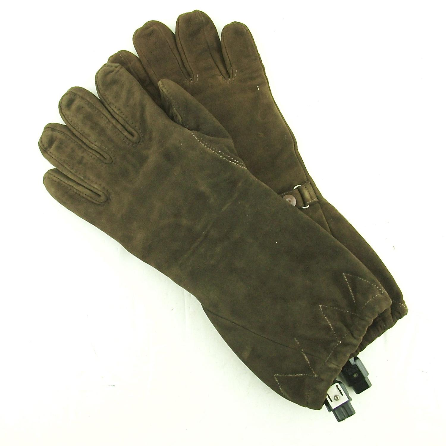 RAF / RAE electrically heated flying gloves