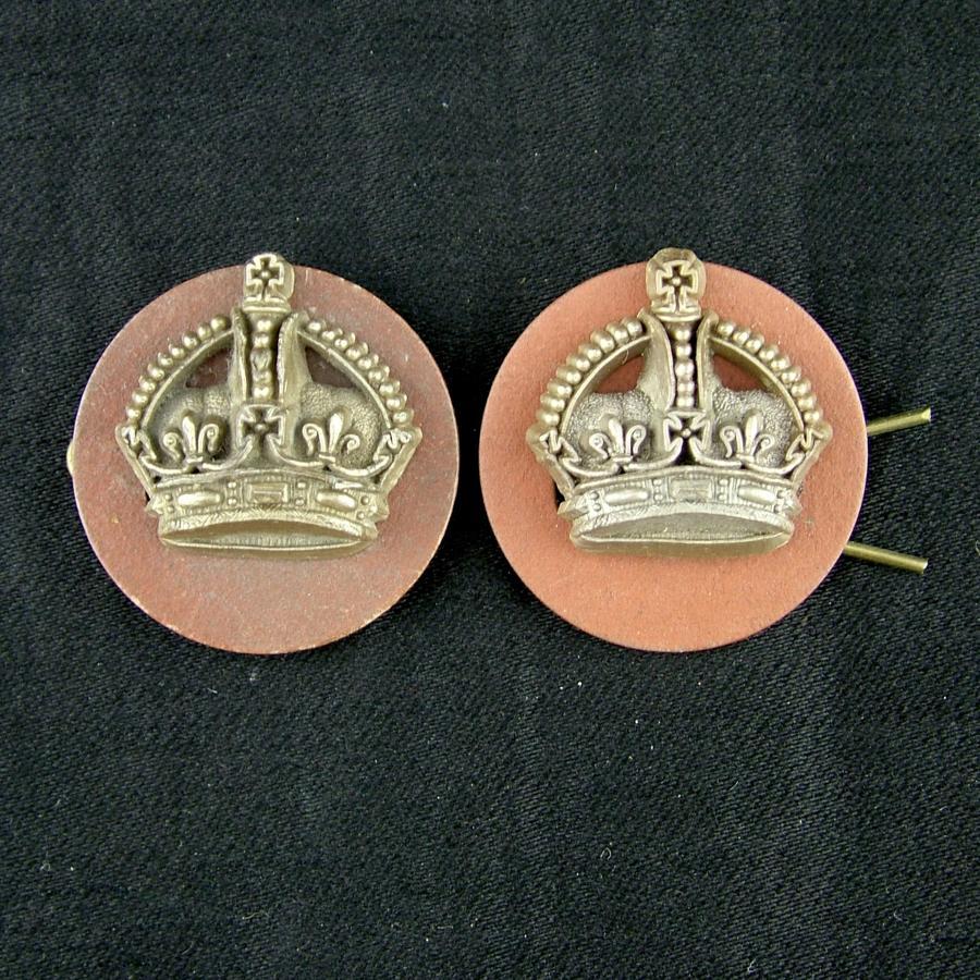 RAF flight sergeant crowns, pair