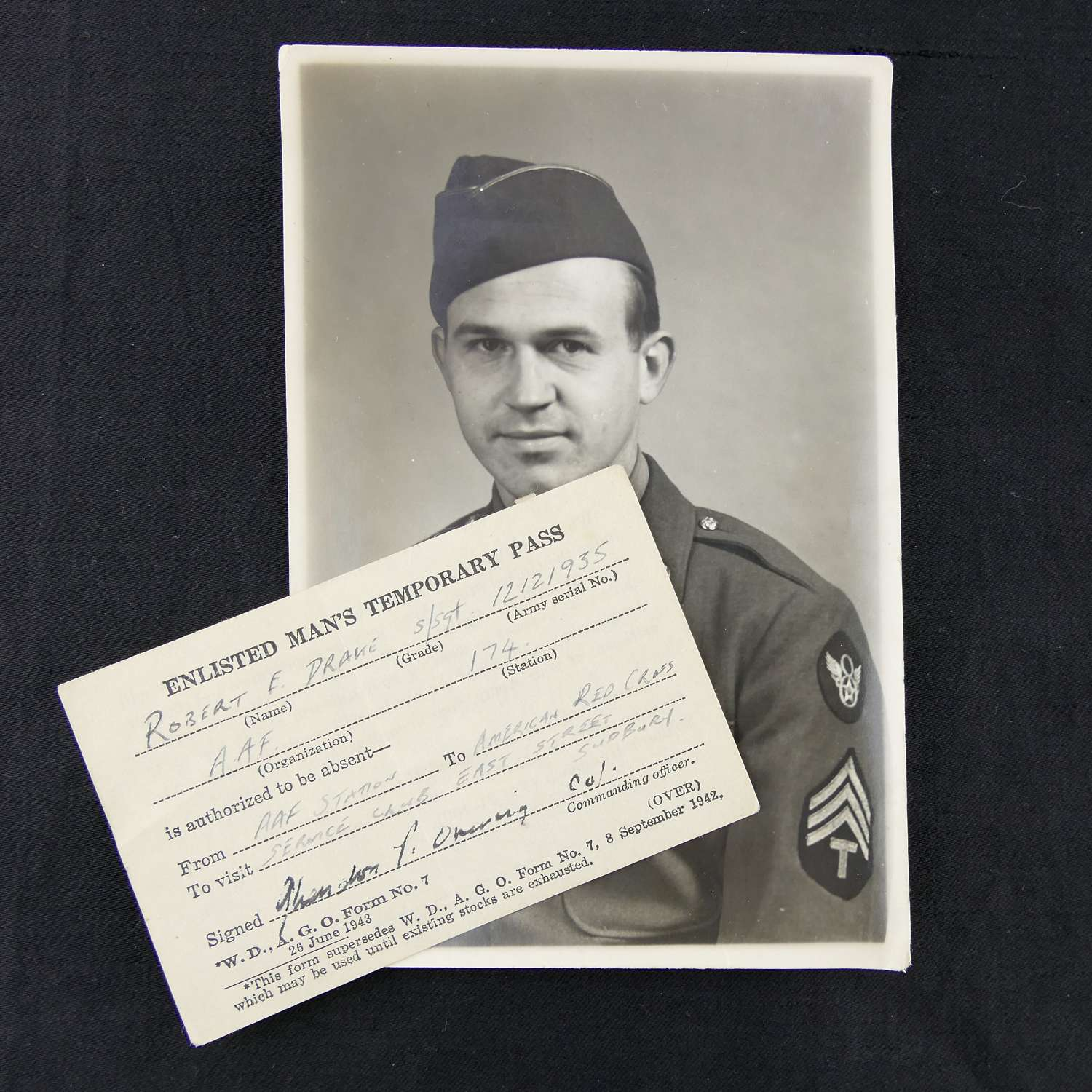 USAAF 8th AAF photograph and pass