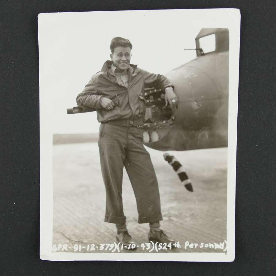 USAAF 8th AAF photo - 524th bomb squadron rear gunner