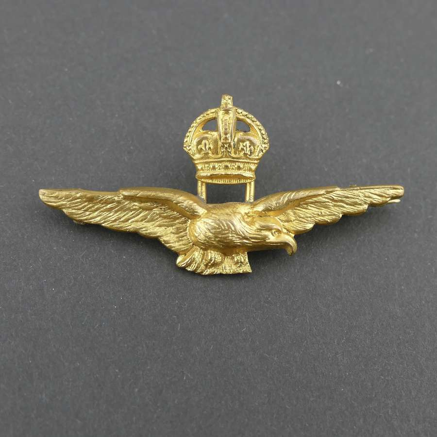 RAF field service cap badge / brooch