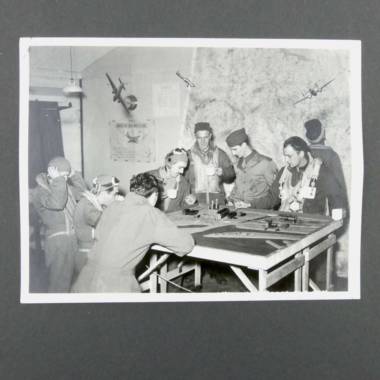 Original USAAF 322nd bomb group briefing photograph