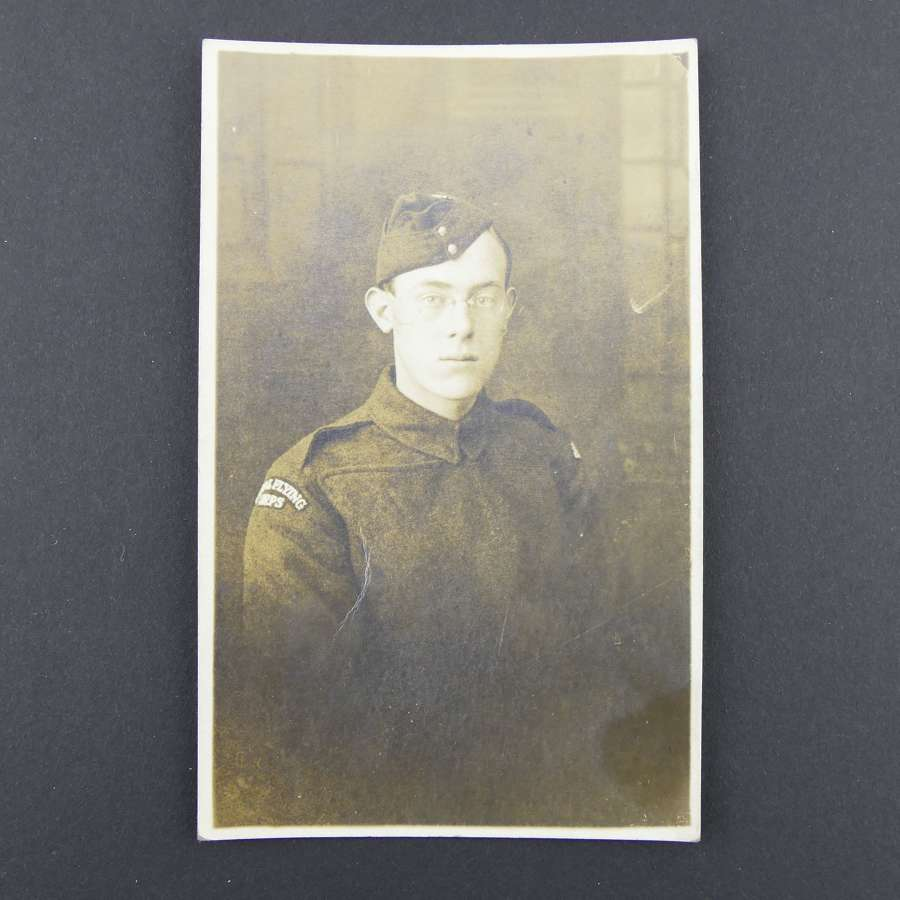WW1 postcard - RFC airman