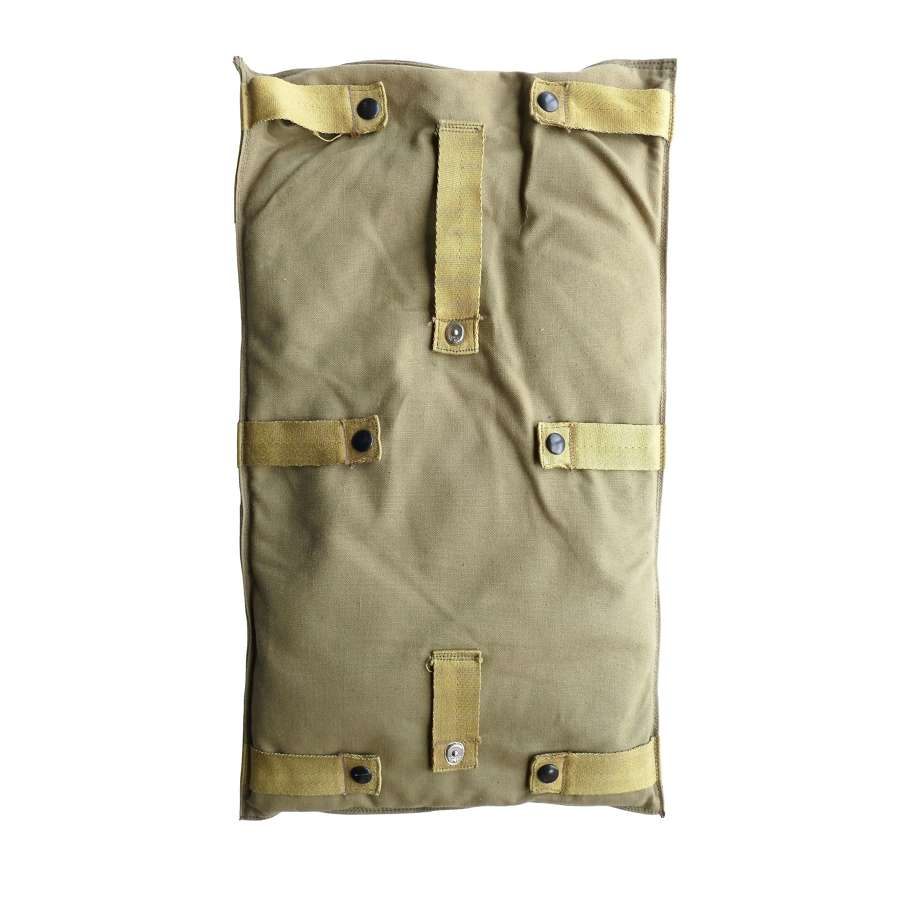 USAAF parachute backpad