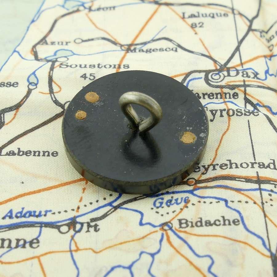 RAF / SOE bakelite escape button compass