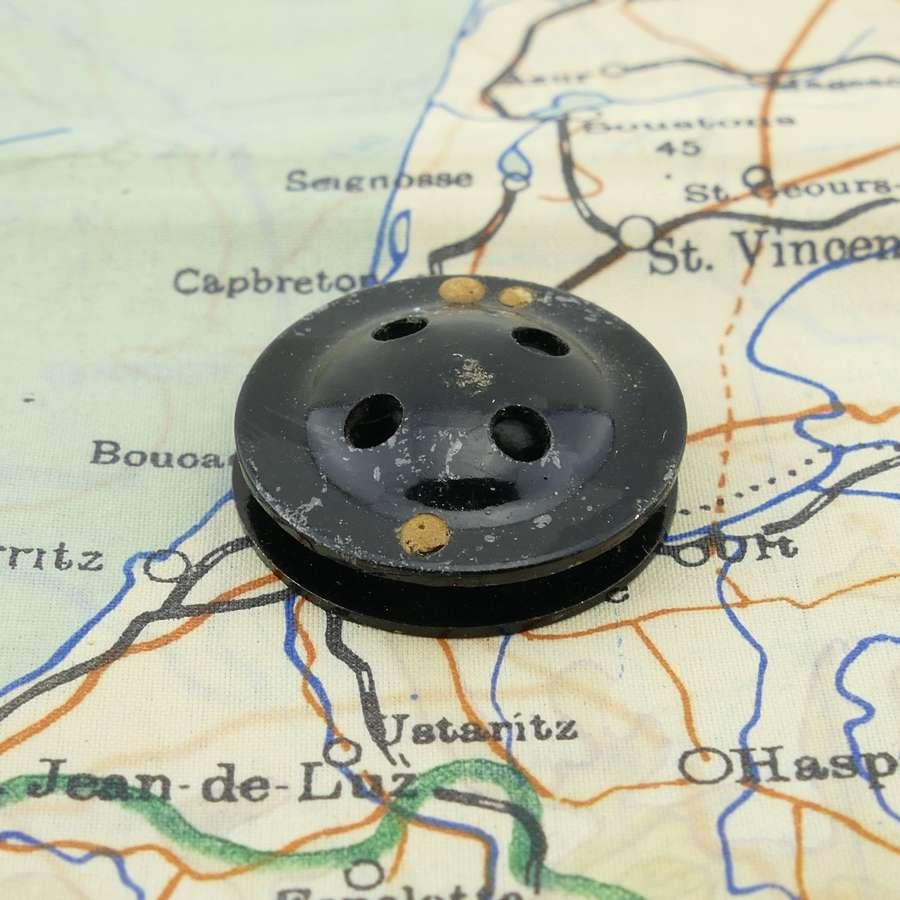 RAF/ SOE fly button escape compass