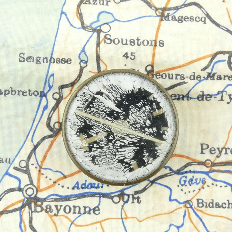 USAAF escape and evasion compass