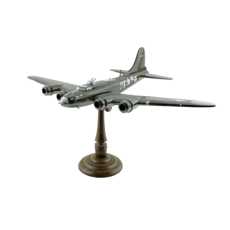 USAAF B-17 model