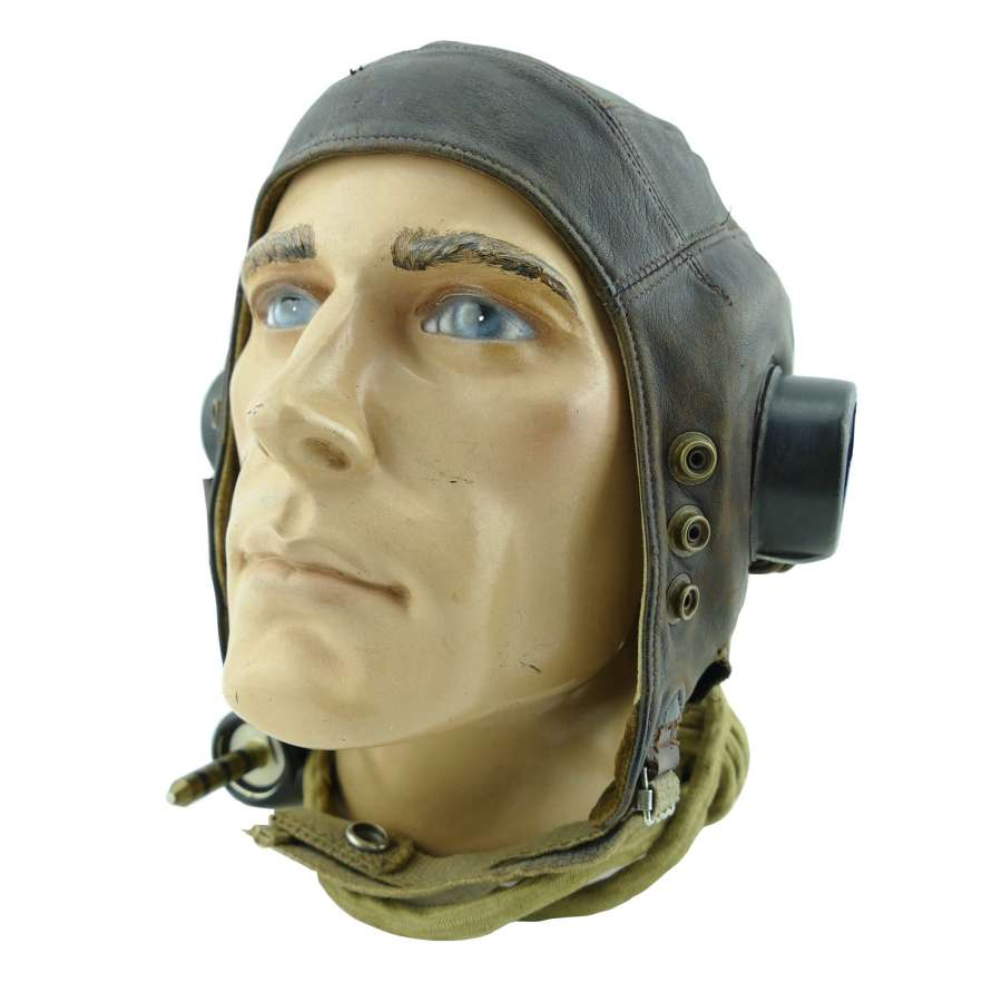 RAF C-type flying helmet, 1st pattern internally wired