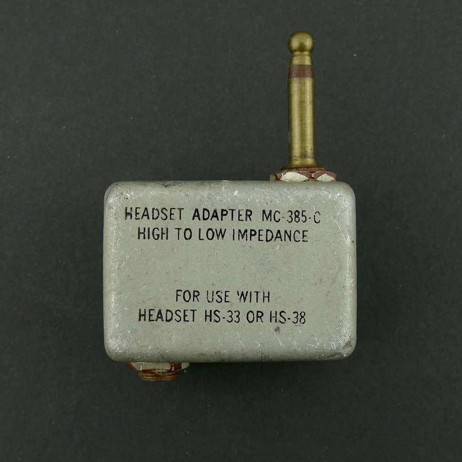 USAAF headset adaptor, type MC-385
