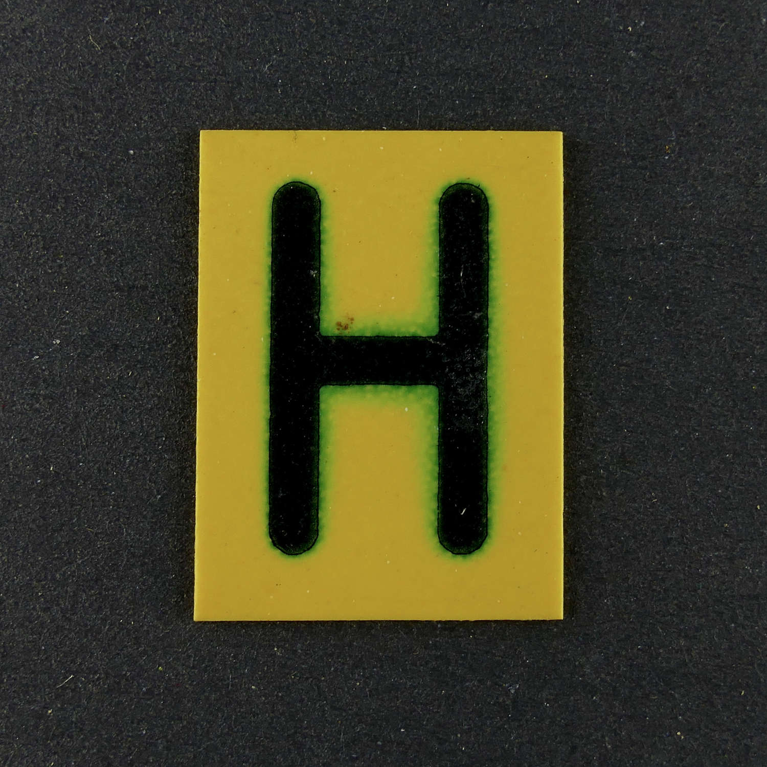 RAF operations room raid block tile, 'H'
