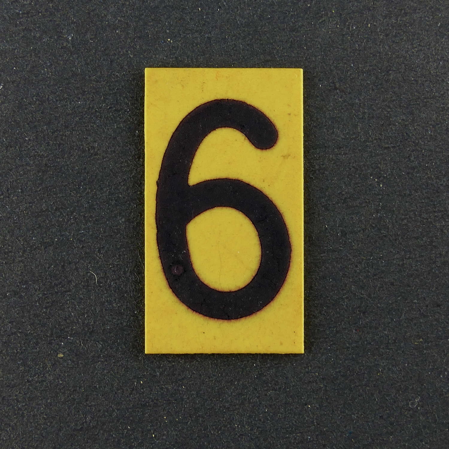 RAF operations room raid block tile, '6' / '9'