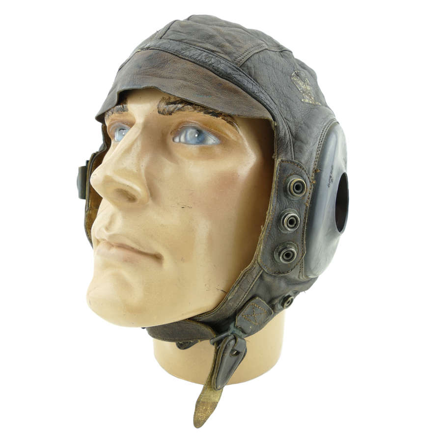 USAAF A-11 intermediate flying helmet