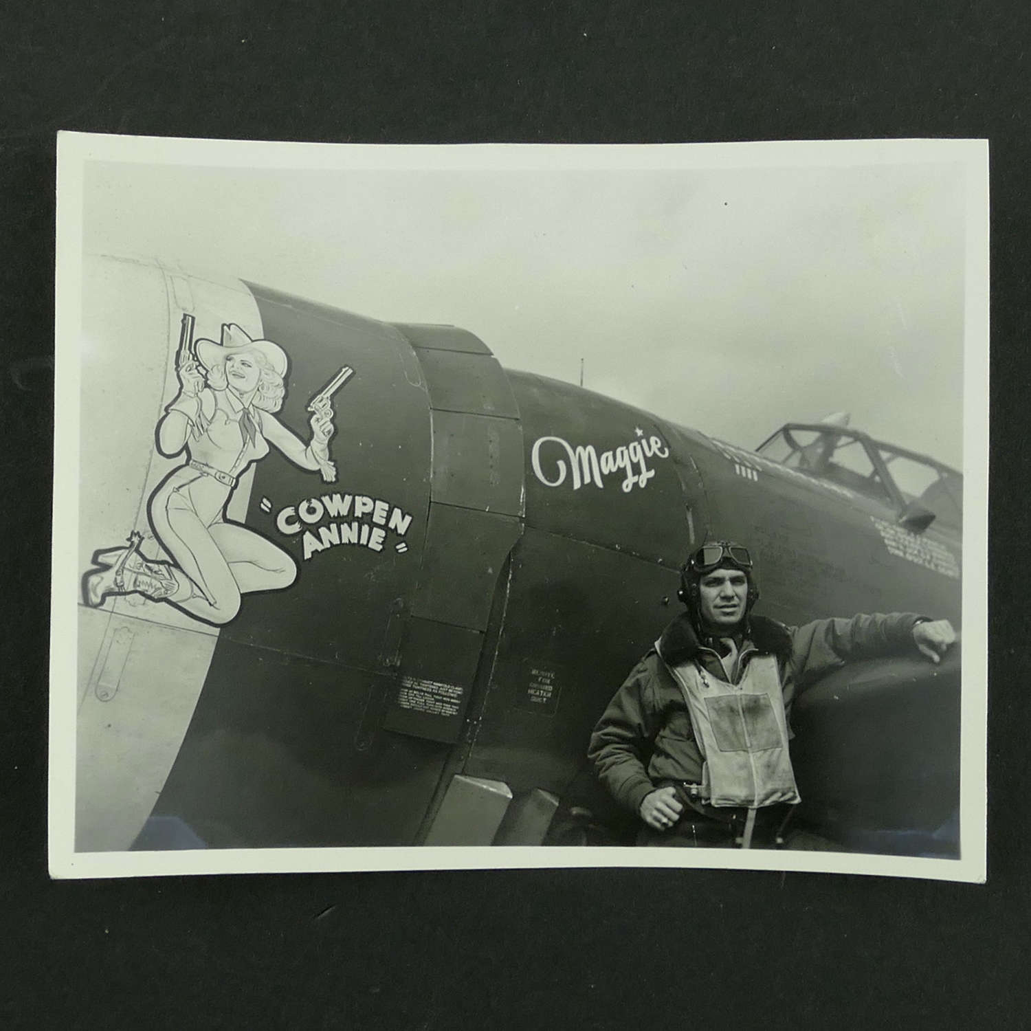 USAAF 9th AAF 366th Fighter Group nose art photo - 'Maggie'