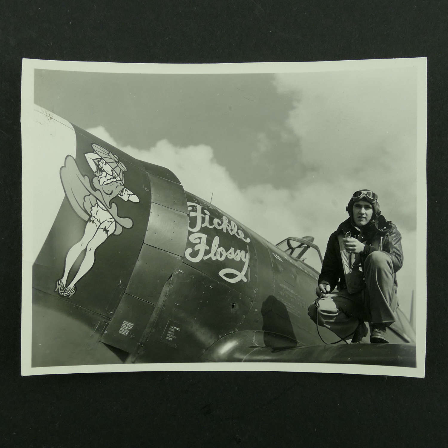 USAAF 9th AAF 366th fighter Group nose art photo - 'Fickle Flossy'