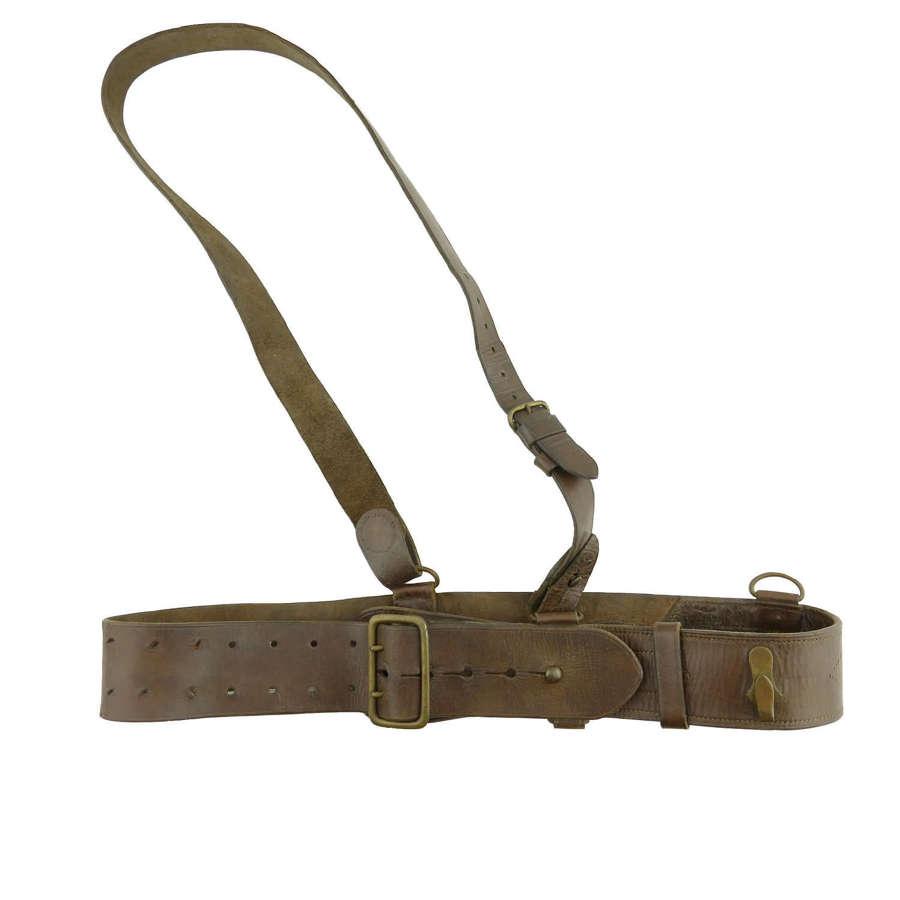 WW2 Officer's Sam Browne belt