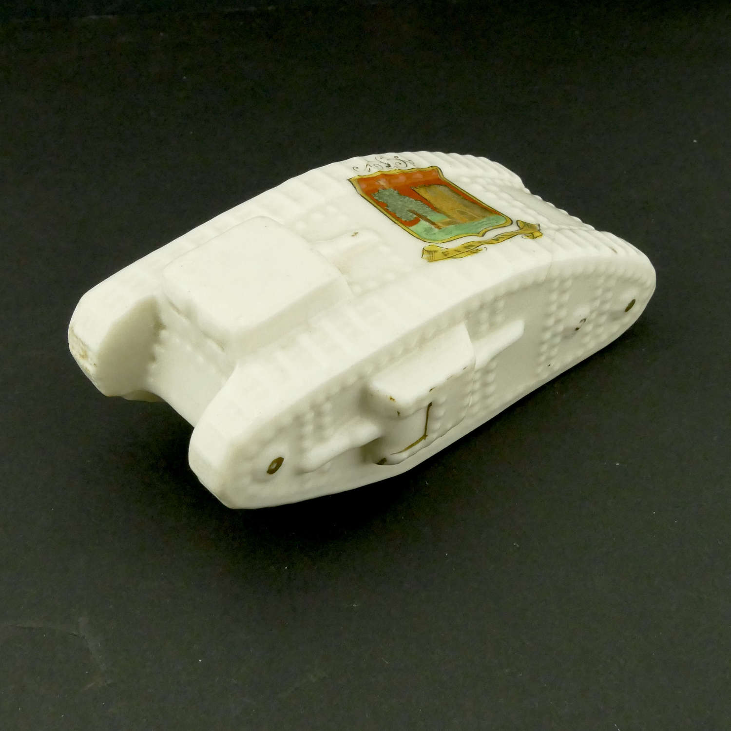 WW1 crested china tank - Finchley